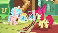Birds fly down to Apple Bloom and Cozy Glow S8E12