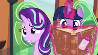 Starlight worries while Twilight continues reading S6E1