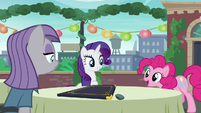 """Pinkie acting """"Now pardon me whilst I go wash my hooves!"""" S6E3"""