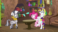 Rarity jumping with fright S7E19