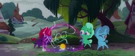 Fizzlepop Berrytwist's magic surges uncontrollably MLPTM