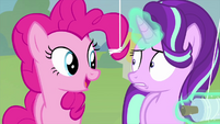 """Pinkie Pie """"really likes her new kite"""" MLPS4"""