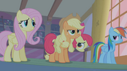 S01E09 Apple Bloom na plecach siostry