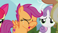 Scootaloo crying in front of her parents S9E12