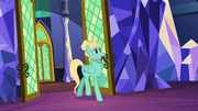 Zephyr Breeze backing out of the throne room S6E11.png
