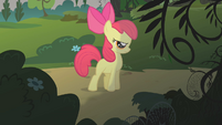 Apple Bloom trying to be brave S1E09