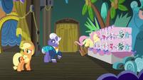 Applejack and Gladmane hear trainer ponies S6E20