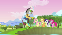 """Discord and main cast """"sight for sore eyes"""" S03E10"""