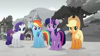 Rarity is planning a festival. Rainbow, Twilight and Applejack 0 Rainbow Roadtrip