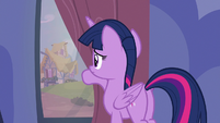 Twilight looking outside her curtains S7E14