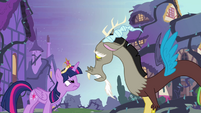 Discord appeals to Twilight S4E01
