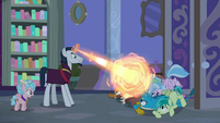 Neighsay casting magic on Young Six S8E25