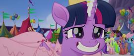 Twilight grinning nervously at Songbird MLPTM
