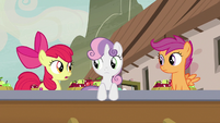 Apple Bloom -that must be Sugar Belle- S7E8