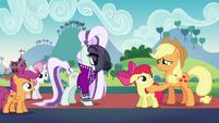 Applejack --you'd best get along-- S5E24