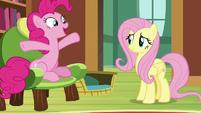 """Pinkie Pie """"shaped like a gigantic bundt cake"""" S7E5"""