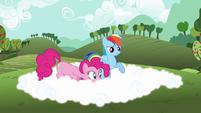 Rainbow Dash explaining fog to Pinkie S3E3