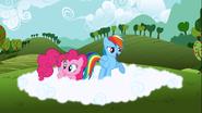 S03E03 Pinkie i Rainbow na chmurze