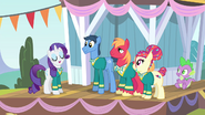 S04E14 The Ponytones i Spike