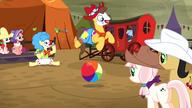 S05E06 Kucyki oglądają występ clownów