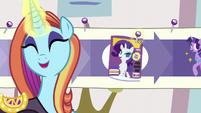 Sassy sticks a pin in -Cosmare Cover Pony- step S5E14