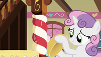 Sweetie Belle with an empty bowl S8E12