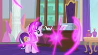 Twilight teleports out of her office S9E20