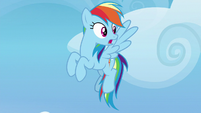 Rainbow looking shocked behind her S8E24