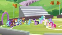 Rainbow suspiciously questions Twilight S9E15