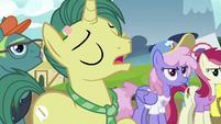 """Reporter Pony """"if she'd stayed in Canterlot"""" S7E14"""