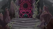 The gates of Tartarus close again S8E25