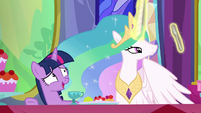 "Twilight ""how about I introduce everyone?"" S6E6"