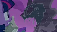 Twilight watches the Pony of Shadows appear S7E25