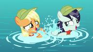 S05E24 Rara i Applejack bawią się w wodzie