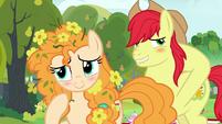 Bright Mac and Pear Butter blush in embarrassment S7E13