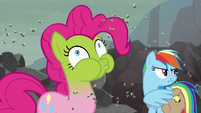 Pinkie Pie turns green in disgust S8E25