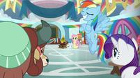 Rainbow crosses her hooves in egotism S9E7