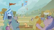 S01E13 Kucyki wiwatują