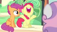 S04E19 Apple Bloom jest wielką fanką Sapphire Shores