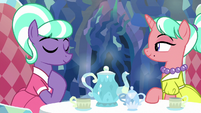 Stepford Ponies in agreement S8E22