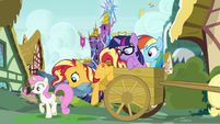 Sunset Shimmer climbs out of the cart EGSB