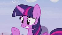 "Twilight ""we stopped King Sombra!"" S5E25"