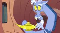 Discord wiping on a genie lamp S4E11