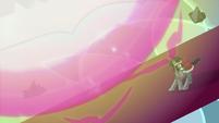 King Sombra under giant orb of light S9E2