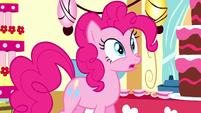 Pinkie appears in dream Sugarcube Corner S5E13