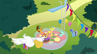 Ponies swimming in a bowl of punch S4E12