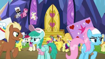 S07E14 Kucyki kłócą się przez zamkiem Twilight.png