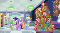 """Salespony """"they were organized by color"""" S7E3"""