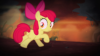 Apple Bloom looking behind S4E17