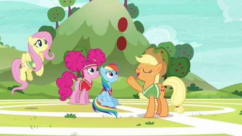 Applejack tells Snails to catch S6E18.png